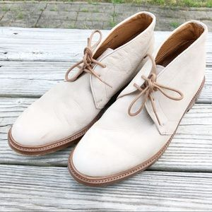 FRYE Jones Chukka Suede Nubuck Lace Up Boots